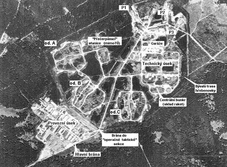 družicový snímek s popisem objektů
