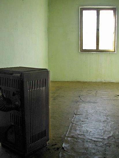 Budova - nudná a prázdná
