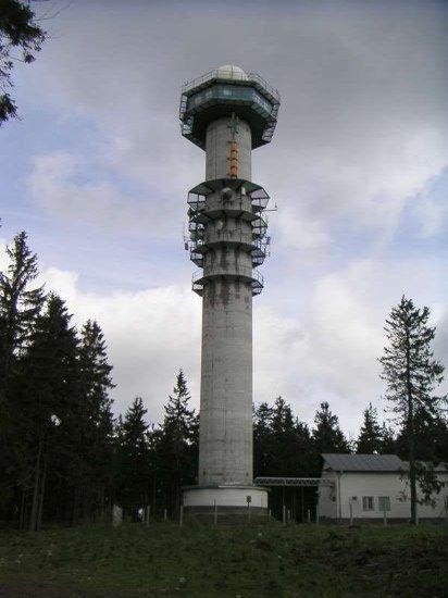 Věž meteoradaru na Praze