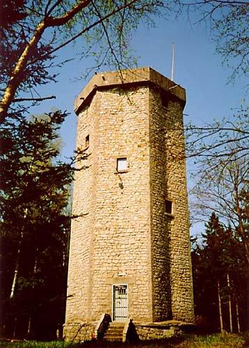 zeměměřická věž na Studeném vrchu