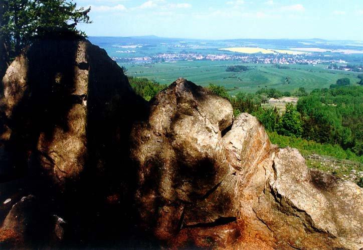 Výhled na Rožmitál z úbočí Štěrbiny