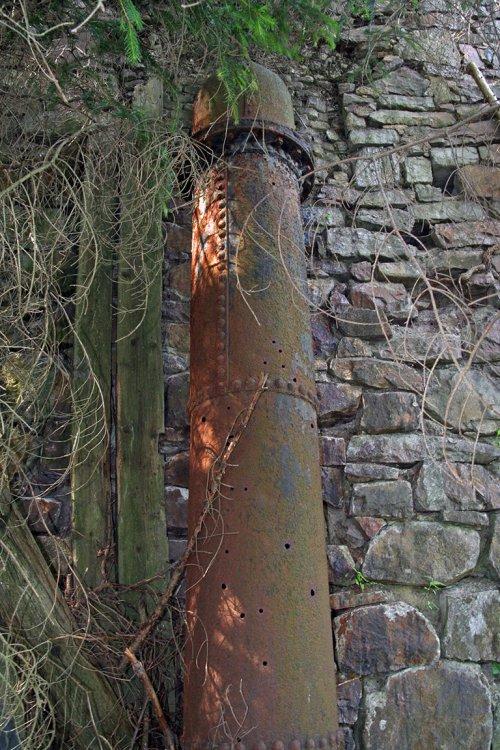 Tlakové potrubí před pilou