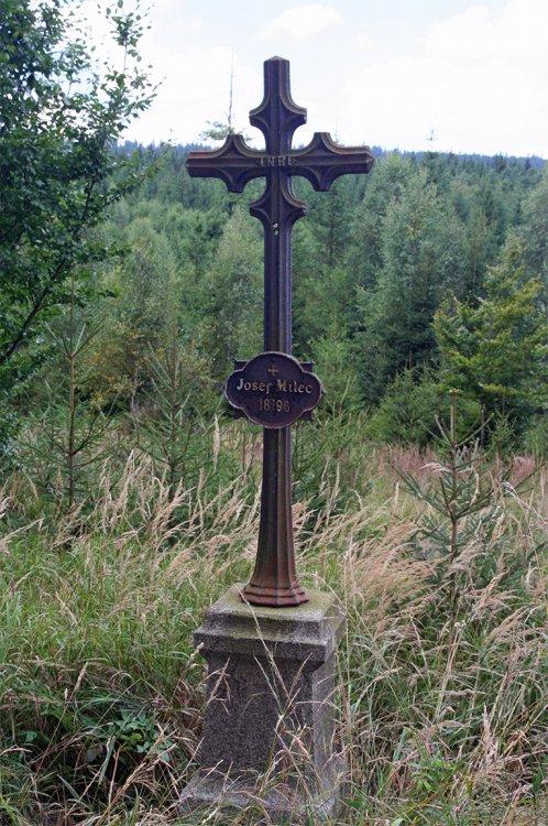 Milcův kříž nedaleko Roubenky