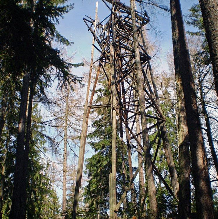 zbytky věže Malý Jeskřipec