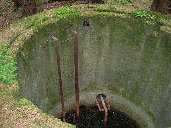 studna s vodárnou v Kuníkové