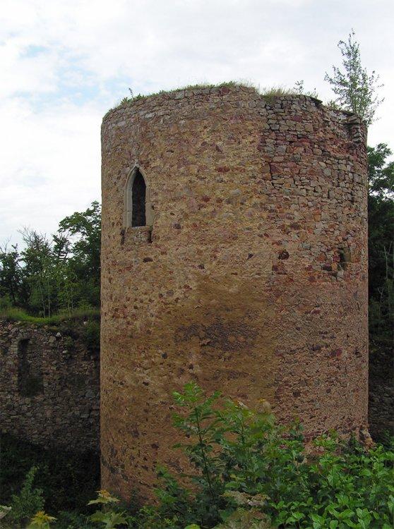 zřícenina Valdeka - hlavní věž