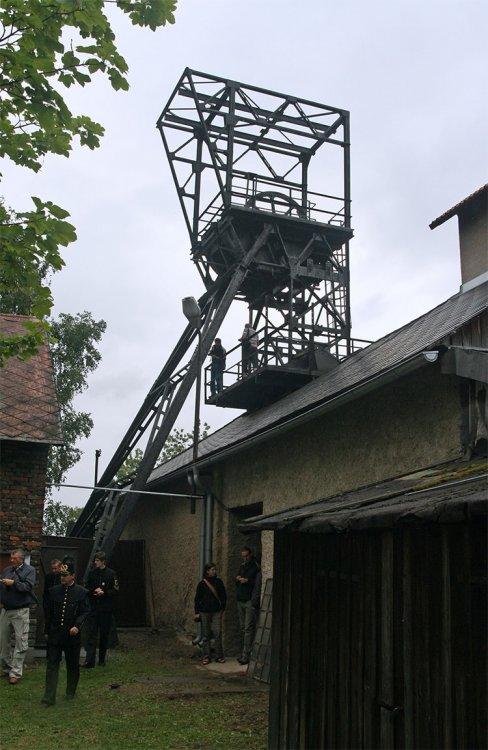 Vlevo viditelná část někdejší strojovny