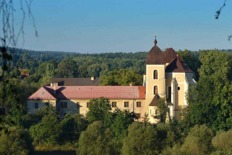 klášter Sv. Dobrotivá - říjen 2016