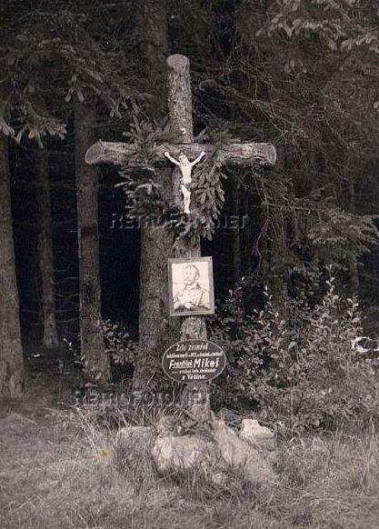 Mikešův kříž pod Jahodovou horou