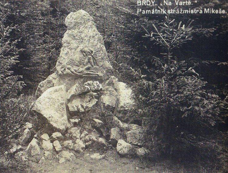 Mikešův pomník pod Jahodovou horou