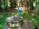 studna s pumpou u hráze Hořejšího rybníku